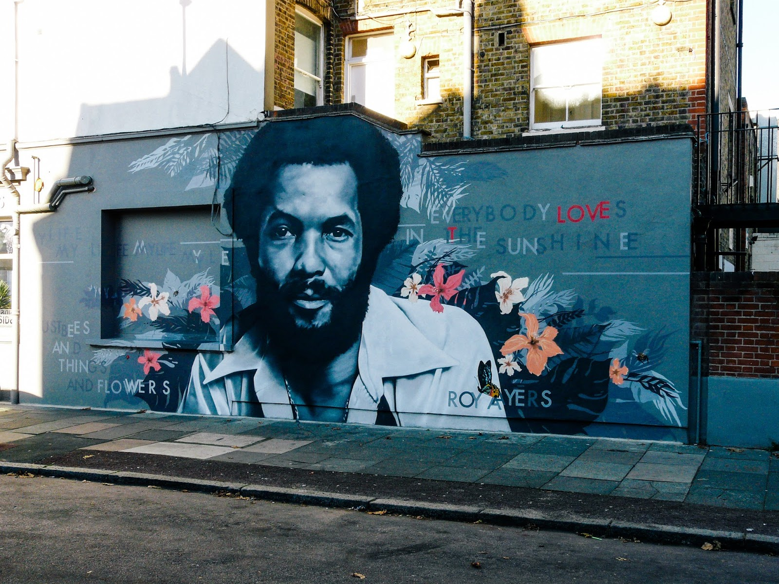 Roy Ayers Mural von Richard Wilson aus Brockley UK