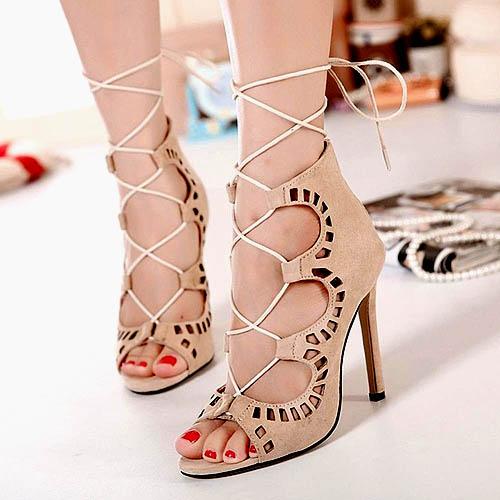 model-terbaru-sepatu-hak-tinggi-bertali