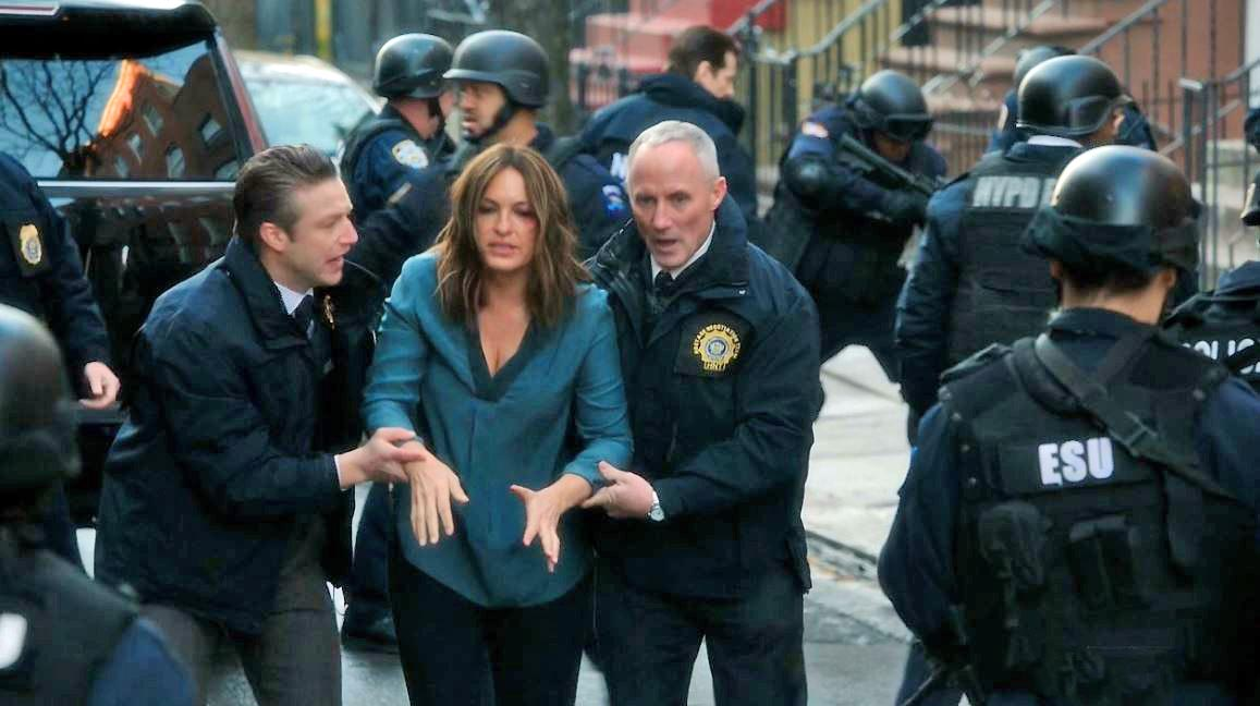 Who is olivia benson dating in law and order svu