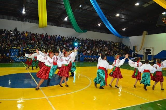 Associação Vesná resgatando a cultura ucraniana em Roncador