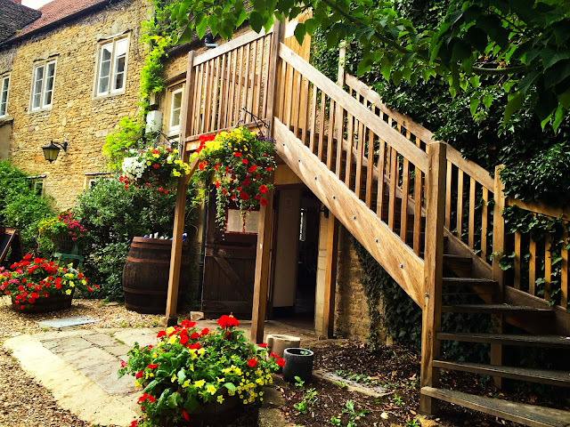Deck & Potted Flowers | Lacock |  England | Chichi Mary Blog