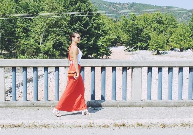 Anel φορέμα