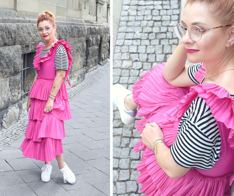 pinkes Sommerkleid von H&M mit Rüschen, Modetipps für erwachsene Frauen