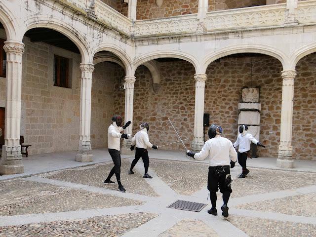 Esgrima antigua en el Castillo de Manzanares El Real