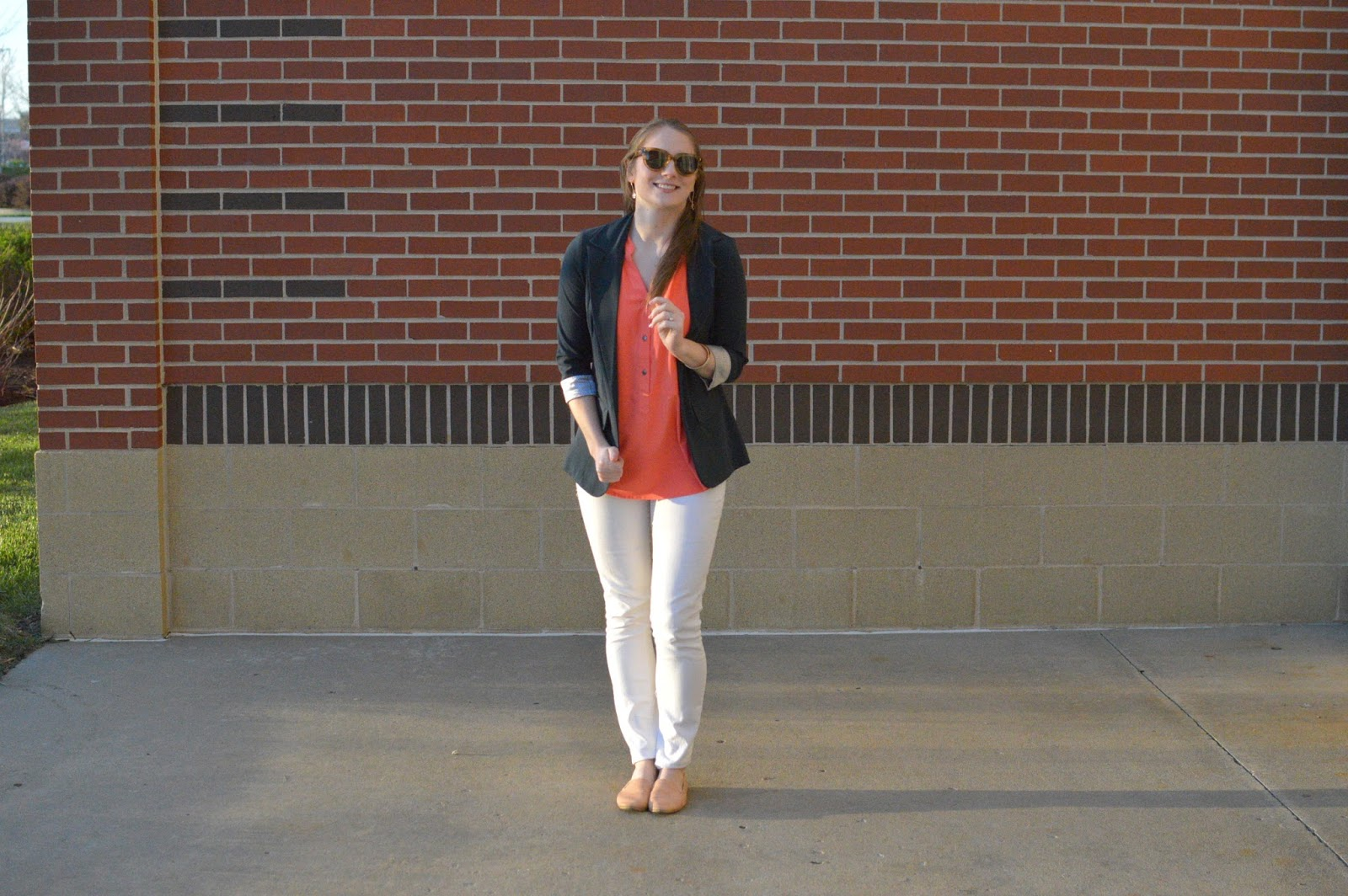 outfit ideas for a coral top