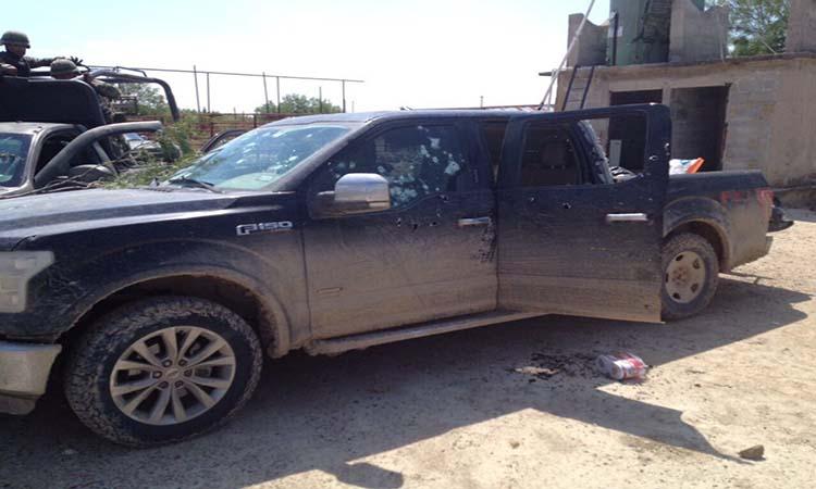 """FOTOS: Sicarios del CDN se dan fuerte """"topón"""" contra elementos de la SEDENA en Tamaulipas."""