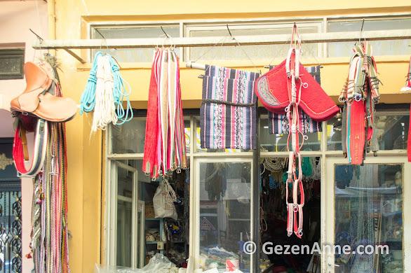 Tire çarşısında geleneksel el sanatı semercilik, İzmir