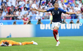 Kylien Mbappe Rumoured Girlfriend alicia Aylies Among The Crowd To Cheer Him