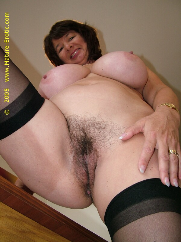 Mature xxx old tube