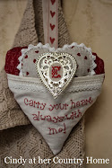 "Free stitcherie pattern ""Carry your heart always with me"""