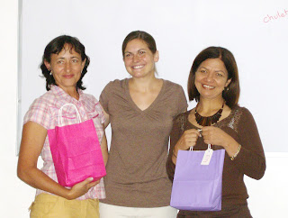 Rosie Adle with Luz Maria and Elsy Valladares de Machado in 2007.