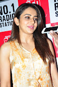 Rakul at Sarrainodu Red Carpet show-thumbnail-10