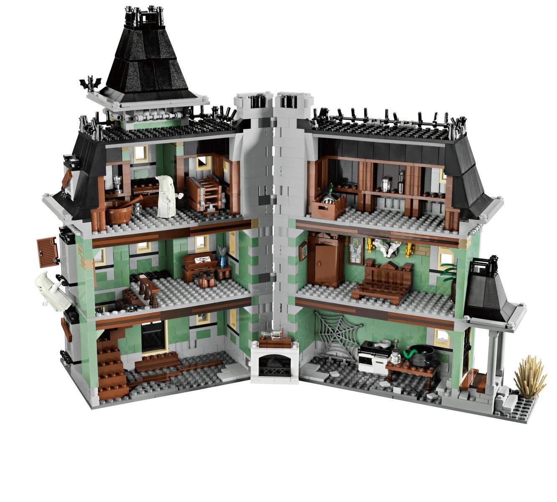 Haunted Houses: LEGO GosSIP: 100612 LEGO 10228 Haunted House Box Art And