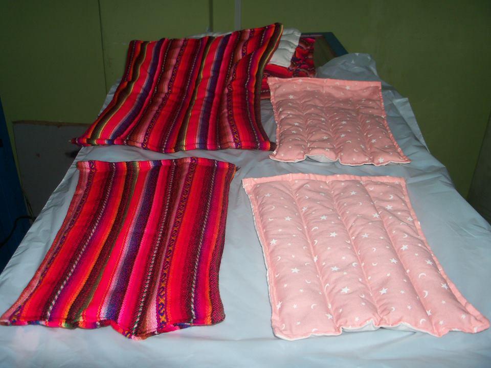 almohadas terapeuticas con semillas para aliviar dolores ...