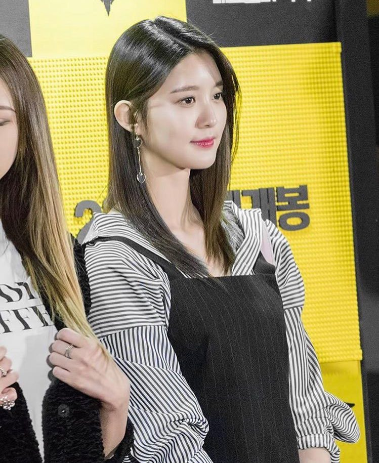 Junghwa EXID Photo Collection