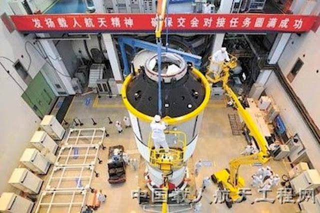 Một module của trạm Thiên Cung 1 đang được xây dựng và thử nghiệm vào đầu năm 2011. Hình ảnh: China Manned Space Engineering Office.