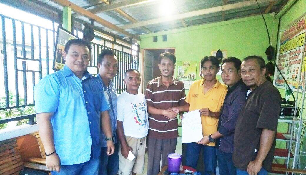 Kepala SMP Maniamas Minta Maaf dengan Wartawan di Landak