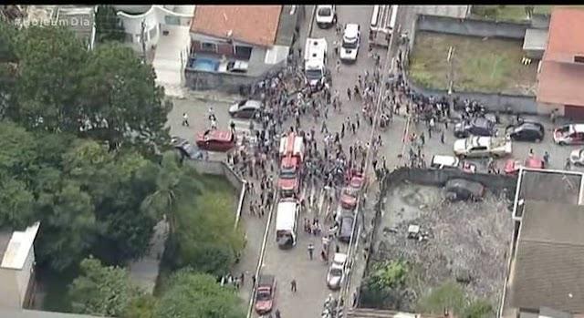 Atiradores invadem escola, matam 6 e tiram própria vida em Suzano