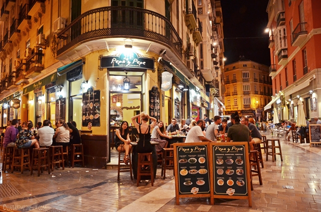 Travel   Andalusien Roadtrip   Málaga - Tapas bei Pepa y Pepe   luziapimpinella.com
