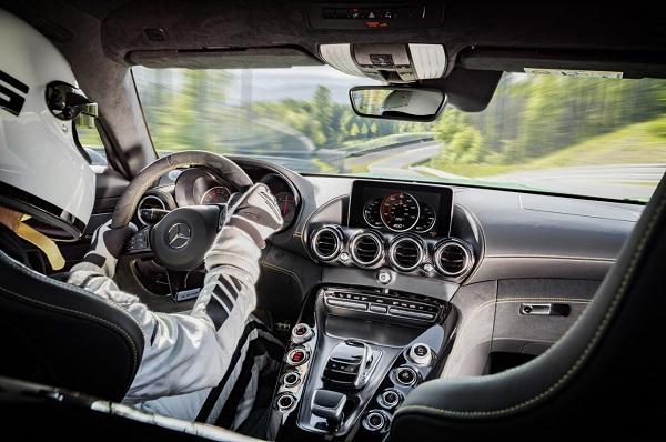 Interior Mercedes-AMG GT R