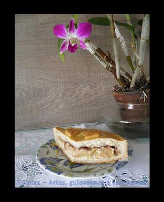 torta doce; sobremesa com maçã; cream cheese e maçãs