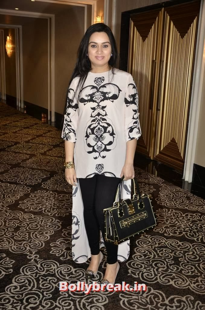 Padmini Kolhapure, Yesteryear Actresses at the Launch of Fit at 40 Book