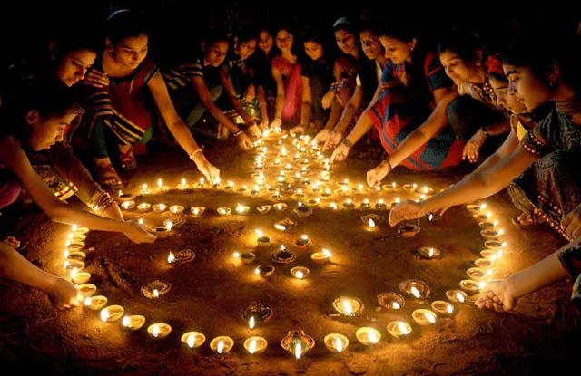 Happy Diwali 2018 Diwali Messages, Wishes and SMS