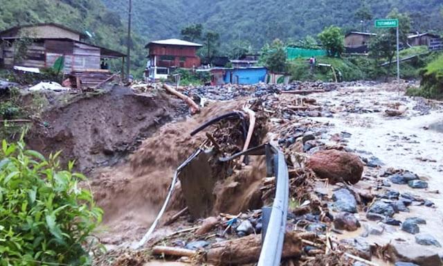 Gobiernos declara más de 50 distritos Ayacucho y Tacna en emergencia por lluvias intensas