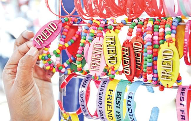 Friendship day bands for friends