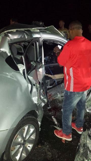 Mujer y niña de 4 años mueren en accidente de tránsito carretera Azua-Baní