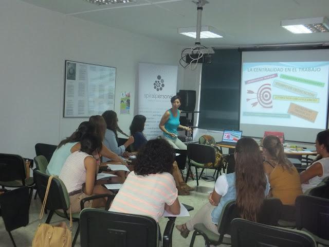 1er día del Taller de Búsqueda Activa de Empleo para Trabajadores Sociales en Cádiz