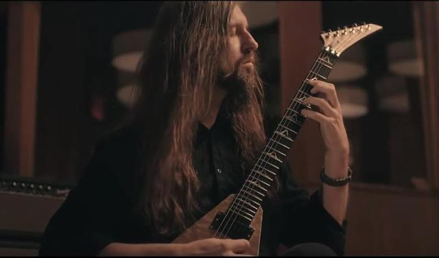 ALL THAT REMAINS: Απεβίωσε ο κιθαρίστας Oli Herbert