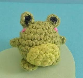 https://PATRON GRATIS RANA AMIGURUMI 40169.ravelry.com/patterns/library/bouncy-frog