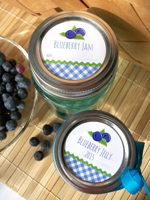 Gingham Blueberry canning label
