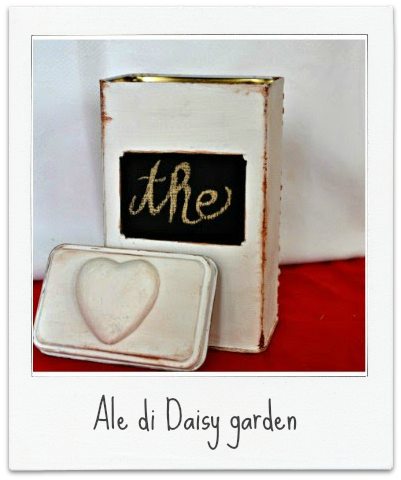 http://welcomedaisygarden.blogspot.it/2014/12/scatola-di-latta-recuperata-shabby-chic.html