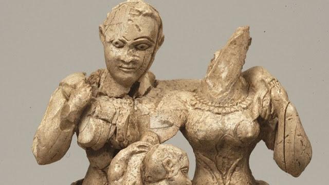 Μυκηναϊκές ενδυμασίες στο Εθνικό Αρχαιολογικό Μουσείο