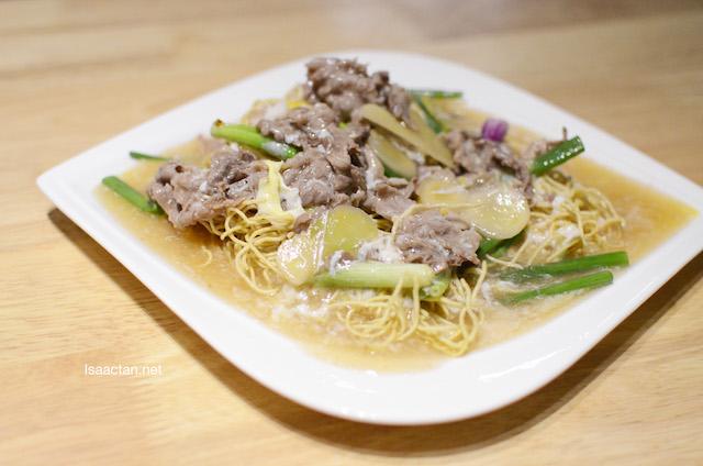 Stir Fried Australian Beef Shang Mee – RM23.90