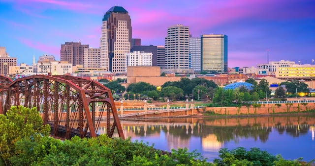Travelhoteltours has amazing deals on Shreveport Vacation Packages. Save up to $583 when you book a flight and hotel together for Shreveport. Extra cash during your Shreveport stay means more fun! Vacation photos and souvenir T-shirts will fade, but memories of your time in Shreveport will last a lifetime.