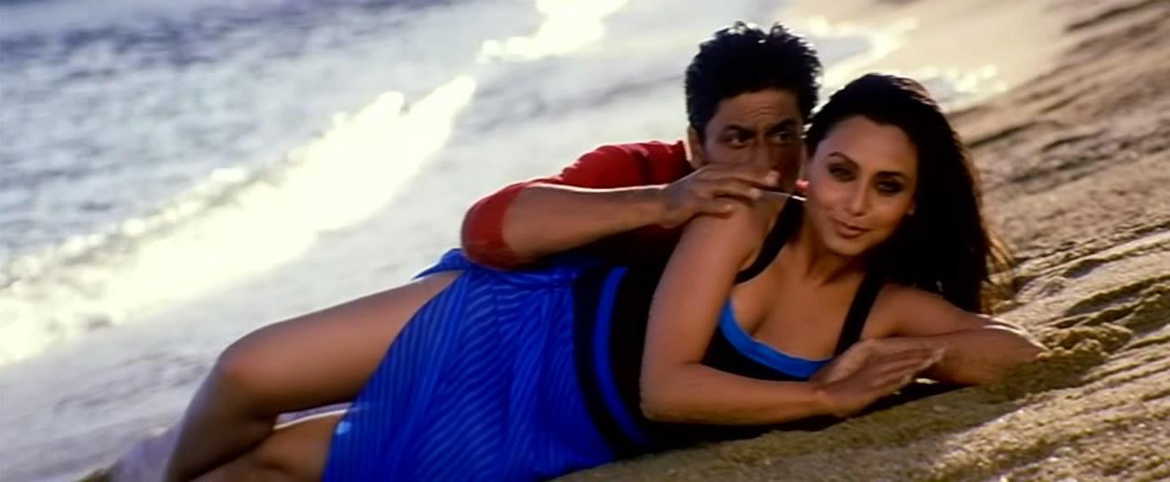 Hot Rani Mukherjee - Still From Bollywood Chalte Chalte -8263