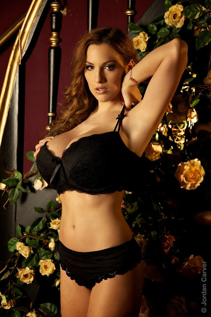 Jordan-Carver-Giuliette-photoshoot-image-hot-and-sexy-HD_16