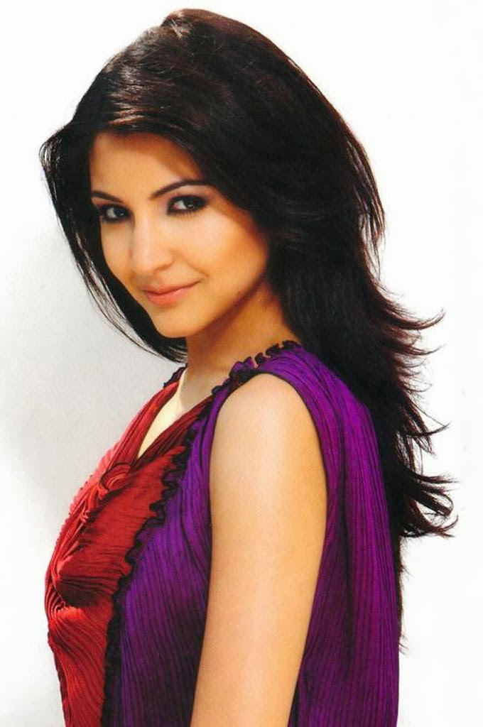Anushka Sharma Saree: Anushka Sharma Wallpapers