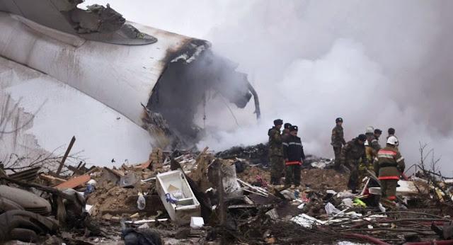 """تحطم طائرة شحن ليبية من نوع """"يوشن"""" قرب حقل الشرارة النفطي"""