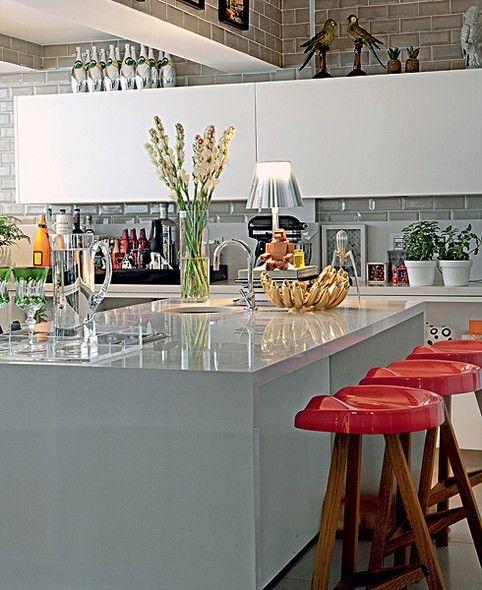 35 Ideias Para Ilhas Na Sua Cozinha: Casinha Colorida: Quer Uma Ilha Na Sua Cozinha? Veja As Dicas