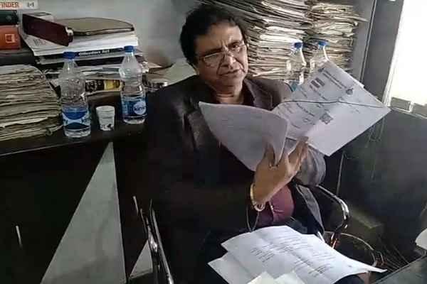 advocate-ln-parashar-will-fir-on-sector-49-sainik-colony-registry-scam-news