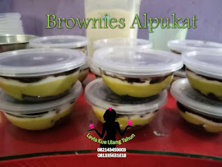 Harga brownies alpukat
