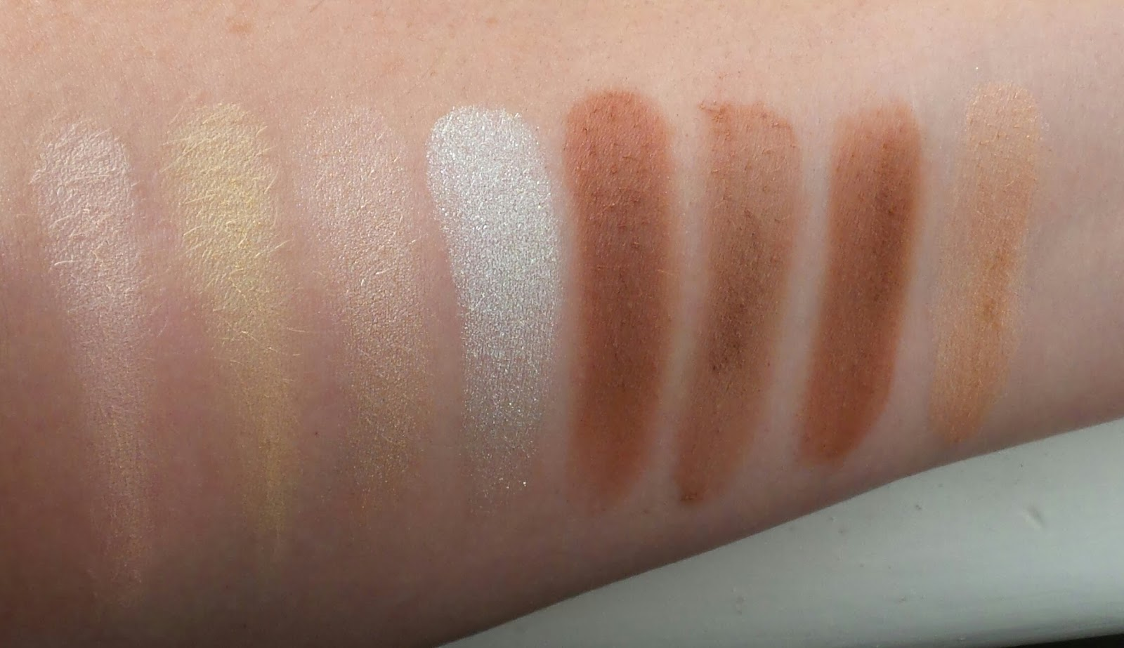 Ultra Pro Glow Palette by Revolution Beauty #12