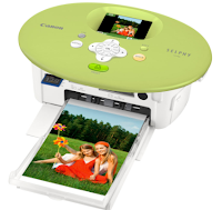 """""""With the Canon SELPHY, we will no longer lose precious moments, because this printer is very compact. In addition the shape is also lightweight and affordable."""