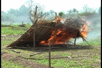 Resultado de imagem para imagem abrigo em chamas