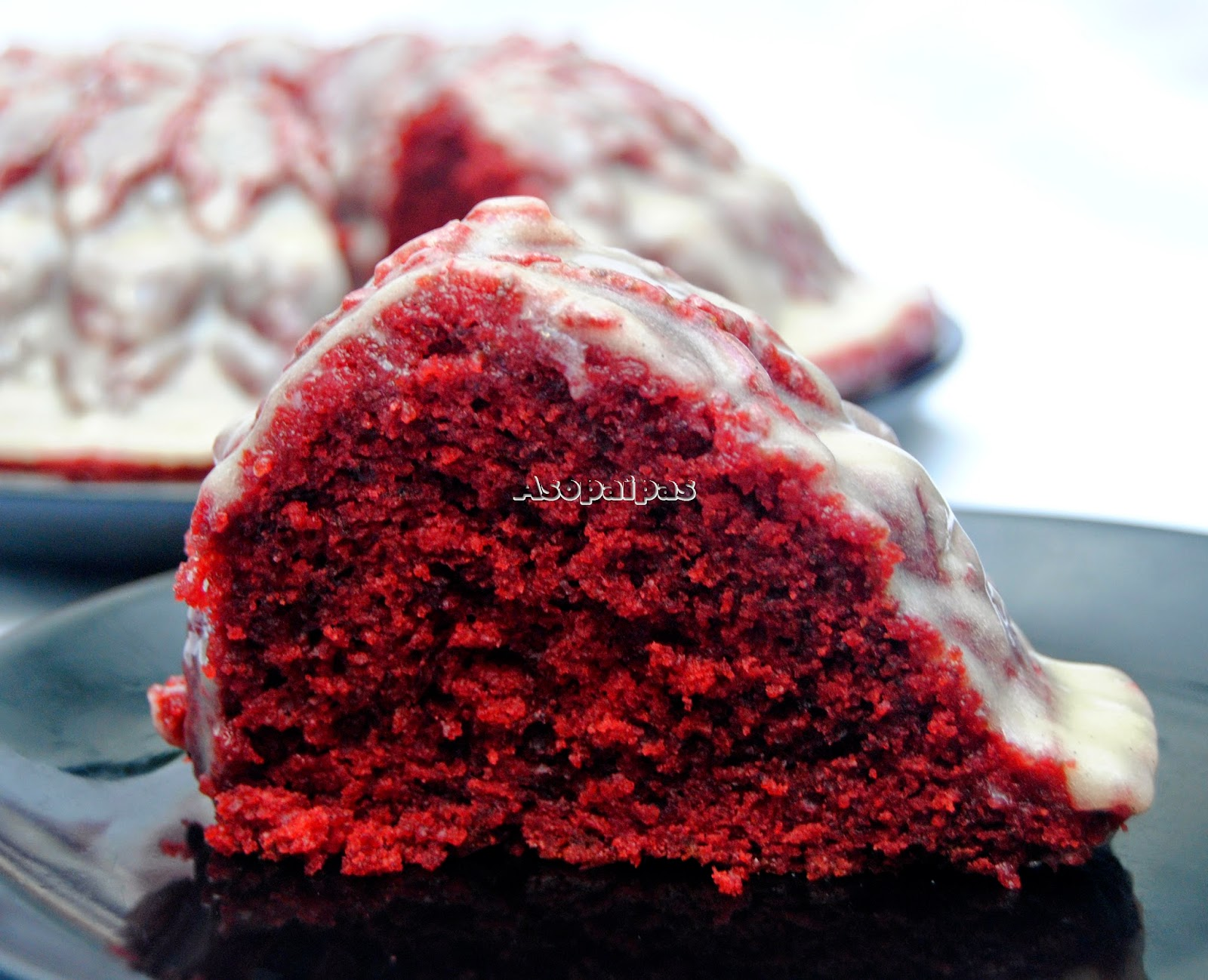 Bundt Cake Red Velvet Royale