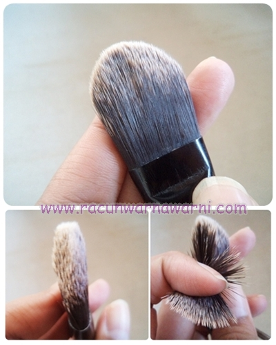 Detail Foundation Brush